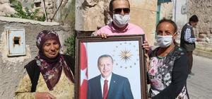 Engelli genç kızın Cumhurbaşkanı Erdoğan aşkı Engelli genç kızın tek isteği Cumhurbaşkanı Erdoğan ile görüşmek