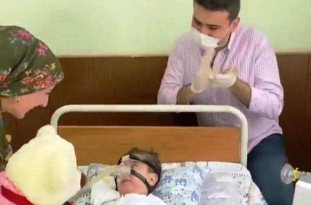 SMA hastası minik umut, CZN Burak'ın duyarlılığıyla artık rahat nefes alacak SMA hastası minik umut için yapılan çağrıya CZN Burak kayıtsız kalmadı
