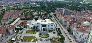 Elazığ'da 5 ilçede korona vakası görülmedi Türkiye genelinde Kovid-19 ile mücadele kapsamında önemli başarı elde edile Elazığ'da, biri Türkiye'nin en yaşlı nüfusuna sahip 5 ilçede vaka görülmedi