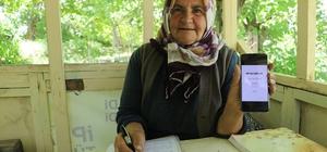 63 yaşında diplomasını aldı, 67 yaşında kitap çıkarıp gelirini eğitim göremeyen kız çocuklarına bağışladı Sivas'ın Akıncılar ilçesinde yaşayan ev hanımı Perihan Beyaz, 63 yaşında ortaokul diplomasını almasının ardından 67 yaşında çıkardığı kitabın gelirini eğitim görmeye imkanı olmayan kız çocuklarına bağışladı