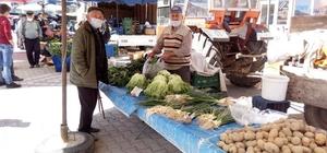 Aslanapa ilçe pazarı açıldı