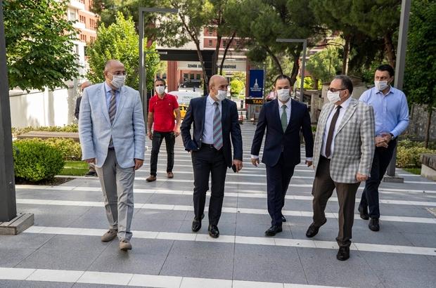 Başkan Soyer yeniden açılan teleferik tesislerini gezdi