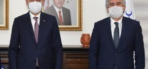 """Başkan Hızlı, Bakan Kurum'un Manisa ziyaretini değerlendirdi AK Parti Manisa İl Başkanı Salih Hızlı: """"Çevre Bakanı Kurum Manisa'ya müjdeler getirdi"""""""