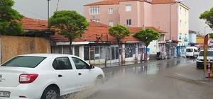 Yunak'ta yağmur yağışı etkili oldu