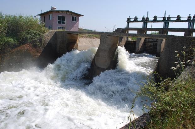 Gediz Ovası'nda 390 bin dekar alan suya kavuştu