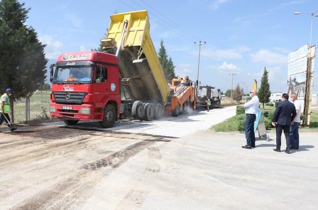 Manisa'da asfaltlar yenilikçi teknoloji ile seriliyor
