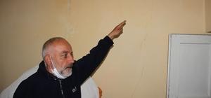 Bingöl'de meydana gelen depremin ardından Erzurum'daki bazı evlerde çatlaklar oluştu