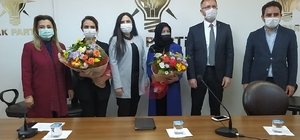 AK Parti'de Melek Mankan, görevi devraldı