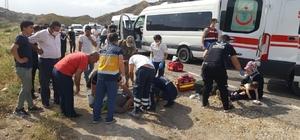 Siirt'te minibüs kamyonla çarpıştı: 7 yaralı