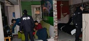 Balıkesir'de polis aranan 27 kişiyi yakaladı