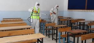 İzmir'de LGS sınavı öncesi okullar dezenfekte ediliyor