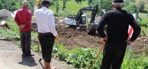 Bingöl'de deprem bölgesinde enkaz kaldırma çalışmaları başladı