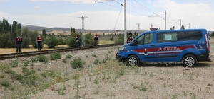 TCDD tren hattından bakır kablo çalan şüpheliler yakalandı