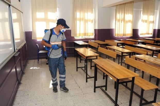 Balçova'daki okullarda YKS temizliği