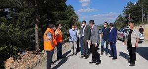 Vali Çelik, Alıncık-Işıklar grup köy yolunda incelemelerde bulundu