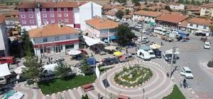 Aslanapa'da ilçe pazarı bir gün gecikmeli açılıyor