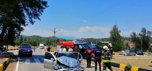 Seydikemer'deki trafik kazasında 3 kişi yaralandı