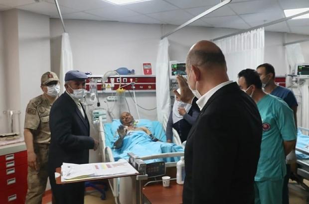Bakan Soylu'dan yaralı korucuya ziyaret