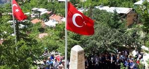 27 yıldır dinmeyen acı; Başbağlar Teröristlerce kurşuna dizilerek öldürülen 33 sivilin yakınları, Başbağlar katliamında yaşadıkları acıyı unutamıyor