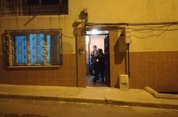 İzmir'de kaçak alkol içtiği iddia edilen kişi hastaneye kaldırıldı