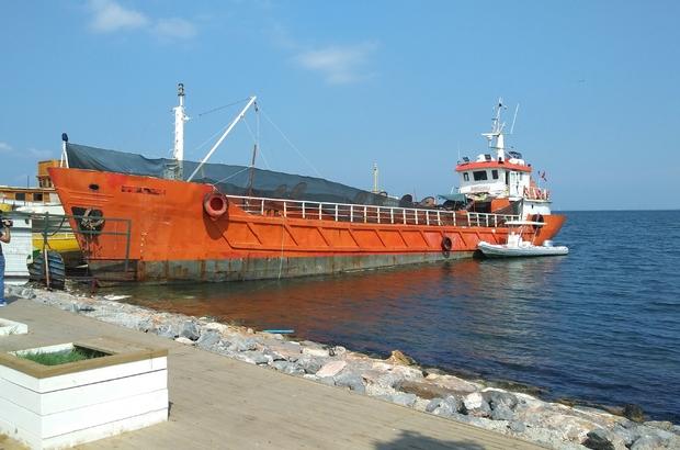 Akdeniz'de yaşanacak faciayı Sahil Güvenlik ve emniyet önledi Yük gemisinde 276 göçmen yakalandı