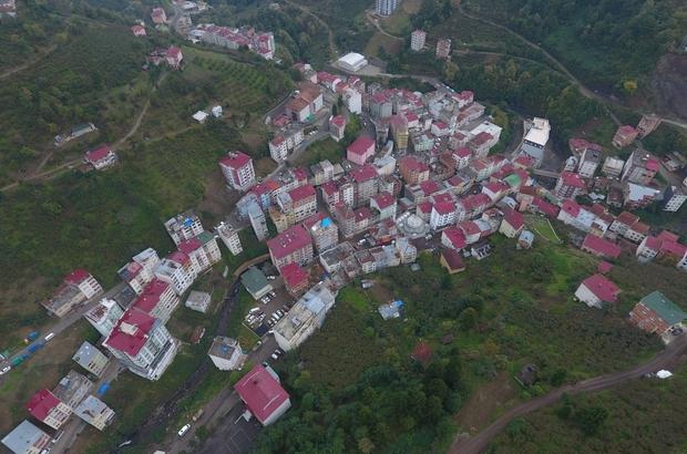 Bu ilçede ilk kez Covid-19 vakası görüldü Trabzon'un Şalpazarı ilçesinde pandemi sürecinde ilk kez Korona virüs vakası yaşandı İlçenin Çamlıca mahallesi Covid-19 vakaları nedeniyle karantina altına alındı