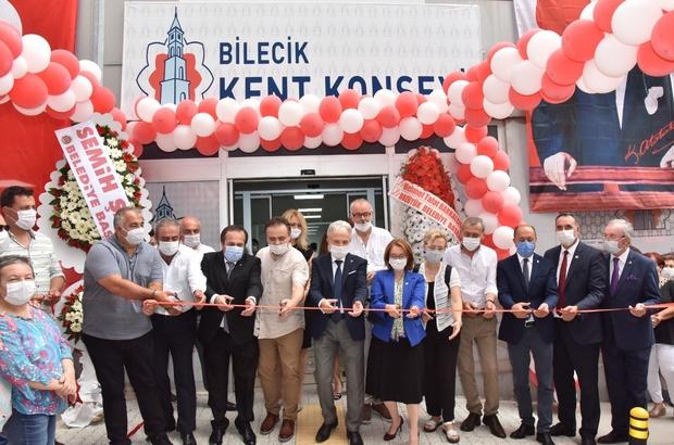 """Bilecik Kent Konseyi hizmet binası açıldı Bilecik Belediye Başkanı Semih Şahin; """"Kent Konseyinden kendim için değil şehrim için bir şeyler bekliyorum''"""