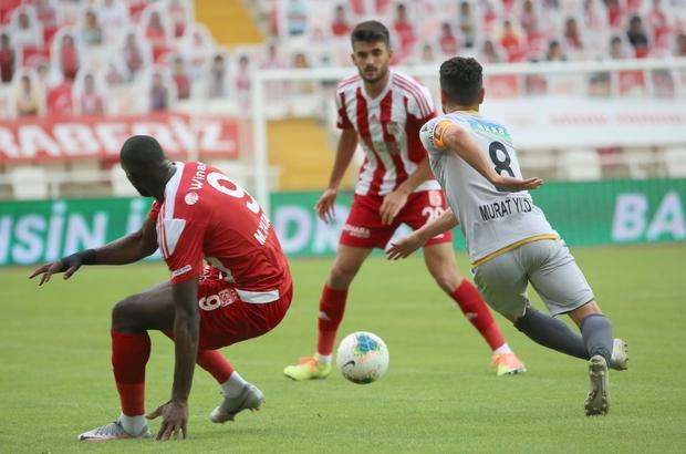 Süper Lig: Sivasspor: 0 - Yeni Malatyaspor: 0 (İlk yarı)