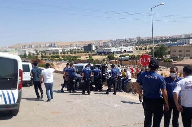 Mezarlıkta silahlı çatışma: 3 yaralı