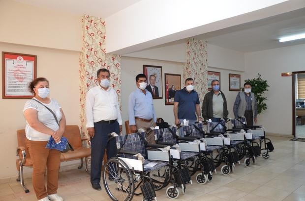 Van'da ihtiyaç sahiplerine tekerlekli sandalye
