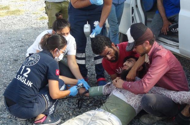 Yolun karşısından karpuz toplayacağı tarlaya geçmeye çalışan gencin feci ölümü Kamyonun çarptığı kardeşleri gözleri önünde ölen yakınları sinir krizi geçirdi Suriyeli genç trafik kazasında yaşamını yitirdi