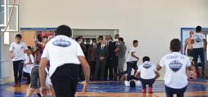 Vali Varol, Eleşkirt Bireysel Sporlar Merkezinde incelemelerde bulundu