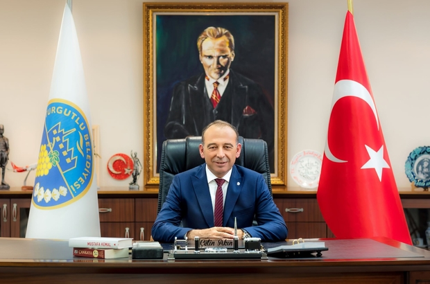Turgutlu'da bir senedir hiçbir etkinlikte havai fişek kullanılmıyor Havai fişek kullanmama kararını alan ilk başkan Çetin Akın oldu