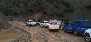 Erzincan'da sağanak sel ve heyelana neden oldu