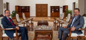 Vali Şentürk'ten Rektör Beydemir'e ziyaret