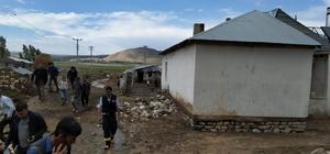Selden dolayı 16 ev hasar gördü