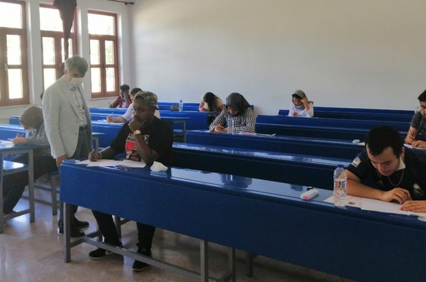 DPÜ'nün 'Yabancı Uyruklu Öğrenci Sınavı' tamamlandı