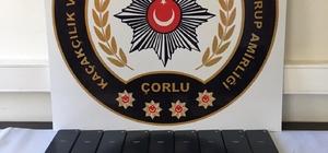 İşyeri aramasında 27 adet gümrük kaçağı telefon bulundu