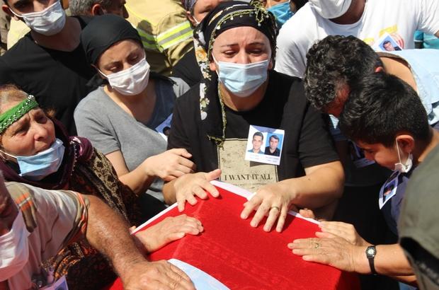 """İzmir'de şehit olan orman işçilerine acı veda Şehidin ağabeyi: """"Yıktın beni kardeşim"""""""