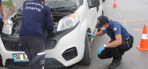 Yaramaz kediyi girdiği motordan polis ve itfaiye kurtardı