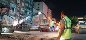 Hürriyet caddesi'nde asfalt yenileme ve kaldırım çalışması tamamlandı Gece mesaisi ile araç sahiplerinin mağdur olması engellendi