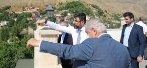 Konya heyetinden Bitlis'e çıkarma Konya'daki belediye başkanları 'kardeş belediye' seçtikleri Bitlis'i ziyaret etti
