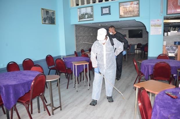 Sivas'ta kahvehaneler dezenfekte ediliyor Sivas Belediyesi Veteriner Müdürlüğü ekipleri kentte faaliyet gösteren kahvehanelerde dezenfekte çalışmalarına başladı