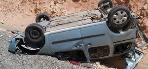 Siirt'te otomobil takla attı: 1'i ağır 3 yaralı