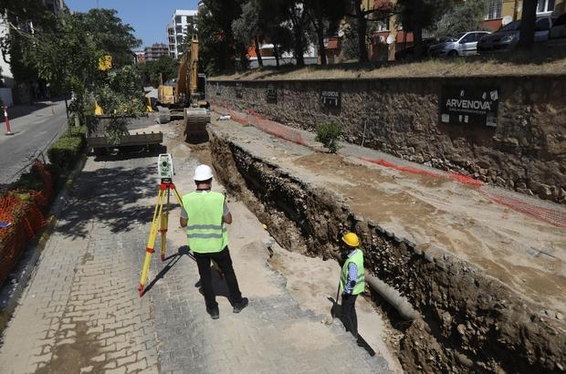 Aydın Büyükşehir Belediyesi'nin Doğu Gazi Bulvarı'ndaki çalışmaları sürüyor Muhtarlar Büyükşehir Belediyesi'ne teşekkür etti