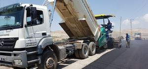 Van Büyükşehir Belediyesinde yol ve asfalt çalışması