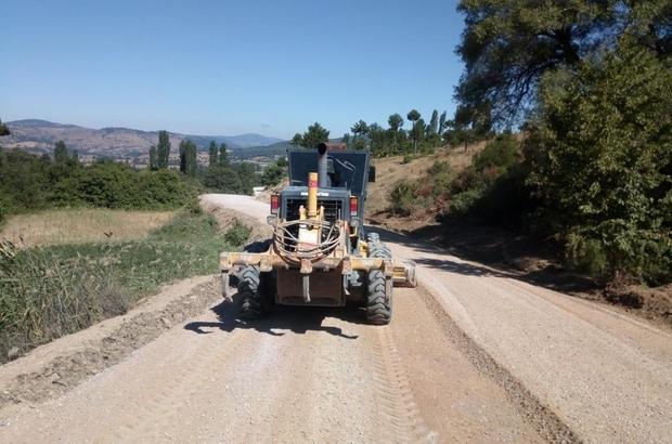 Manisa'nın mahalle yollarında asfalt hazırlığı