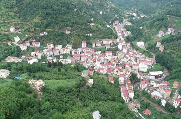 3 hafta öncesine kadar hiç bir vakanın görülmediği ilçede Korona virüs hızla yayılıyor Trabzon'un Şalpazarı ilçesi Geyikli mahallesi Korona virüs salgını nedeniyle karantina altına alındı