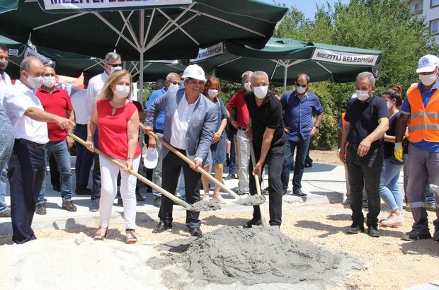Mezitli'de MGC Lokalinin temeli atıldı Başkan Tarhan, MGC Başkanı Tepe ve gazetecilerle birlikte lokalin temeline harç döktü