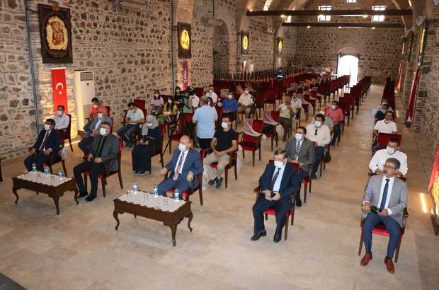 """Deprem profesörü uyardı: """"İstanbul için zaman daralıyor"""" 9 Eylül Üniversitesi Deprem Araştırma Merkezi Müdürü Prof. Dr. Hasan Sözbilir: """"Normal şartlarda 250 yılda bir kırılması zamanı geçmiş. Onun için ilk başladığında 30 yıl demişlerdi. Şimdi 30 yıl 10 yıla düştü. Zaman geçtikçe daralıyor"""" """"Manisa fayı 6.9'a kadar deprem üretme potansiyeline sahip"""" """"Manisa fayı 6.9 büyüklüğünde bir deprem ürettiğinde sadece Manisa değil İzmir de etkilenir"""""""